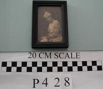 2006.44.851 (RS10205)
