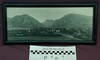 2006.44.990 (RS10507)