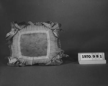 1970.981 (RS115700)