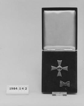 1984.142 (RS115781)