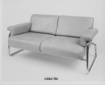 1984.39 (RS115998)