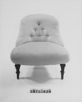 1971.439 (RS116246)