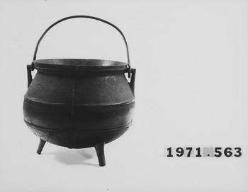 1971.563 (RS116376)
