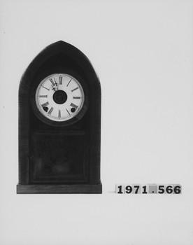 1971.566 (RS116379)