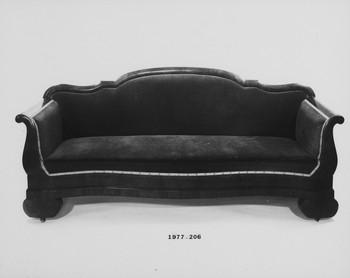 1977.206 (RS116446)