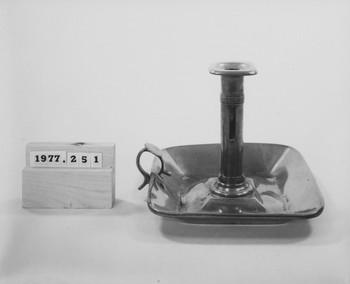 1977.251 (RS116486)