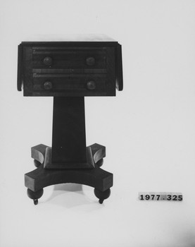 1977.325 (RS116565)