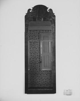 1977.334 (RS116573)