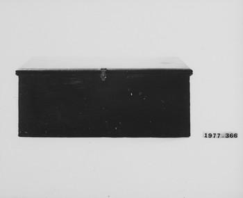 1977.366 (RS116605)