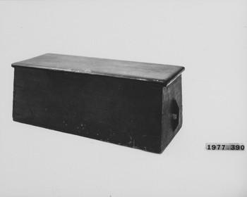 1977.390 (RS116630)
