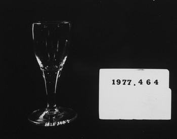 1977.464.2 (RS116677)