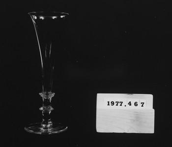 1977.467 (RS116680)