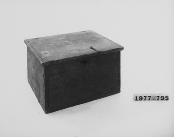 1977.795 (RS116758)