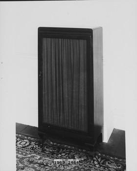1969.2464 (RS116907)