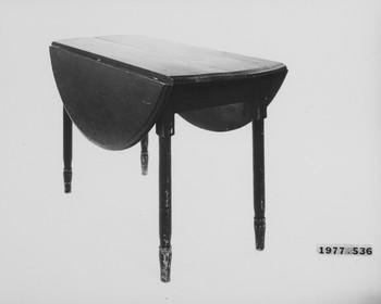1977.536 (RS116922)