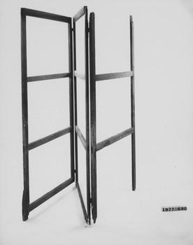 1977.690 (RS117008)