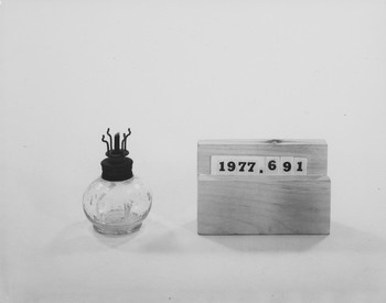 1977.691 (RS117009)