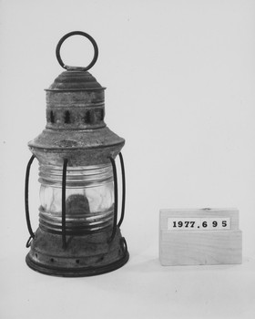 1977.695 (RS117013)