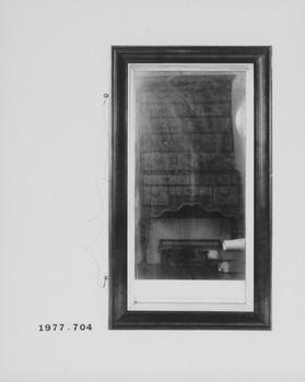 1977.704 (RS117023)