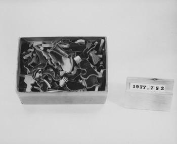 1977.752 (RS117069)