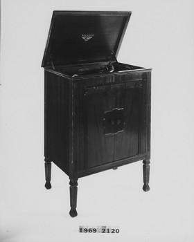 1969.2120 (RS117289)