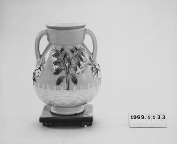 1969.1133.2 (RS117371)