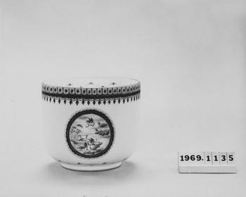 1969.1135.1 (RS117372)
