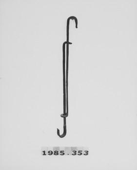 1985.353 (RS117579)