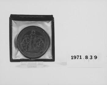 1971.839 (RS117818)