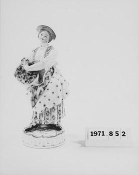 1971.852 (RS117830)