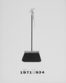 1971.934 (RS117890)