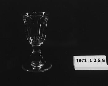 1971.1258.2 (RS118052)