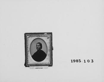 1985.103 (RS118493)