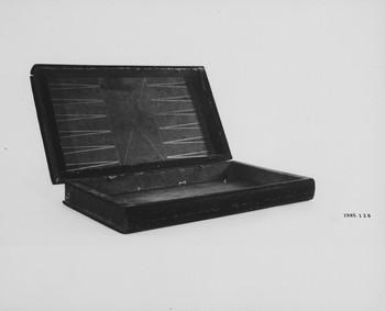 1985.128 (RS118512)