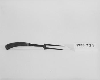 1985.221 (RS118587)