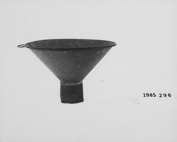 1985.296 (RS118631)