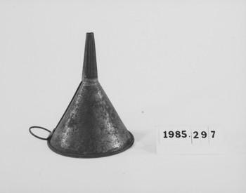 1985.297 (RS118632)