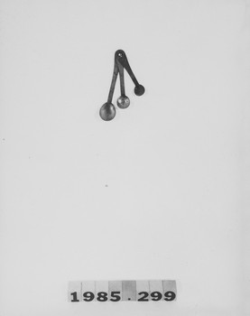 1985.299 (RS118633)