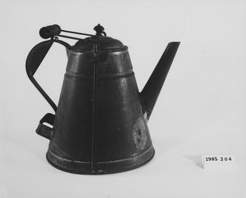 1985.304 (RS118637)