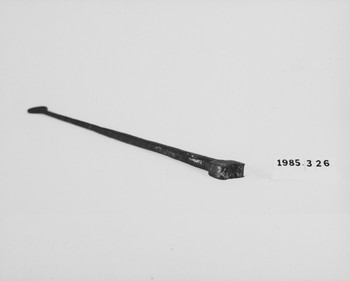 1985.326 (RS118652)