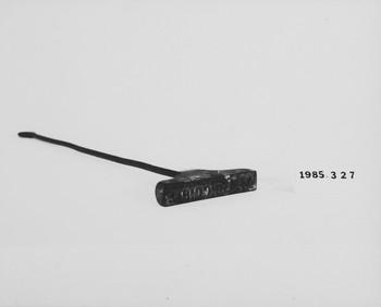 1985.327 (RS118653)
