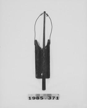 1985.371 (RS118684)