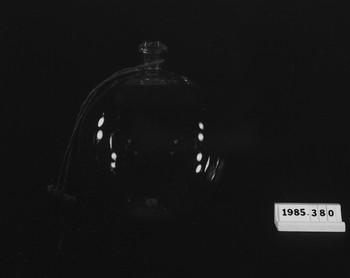 1985.380 (RS118690)