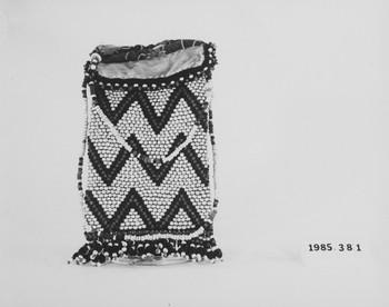 1985.381 (RS118691)