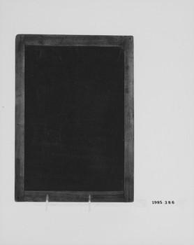 1985.386 (RS118695)