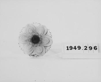 1949.296.1 (RS119414)