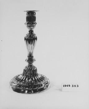 1949.303.1 (RS119421)