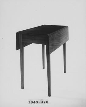 1949.370 (RS119489)