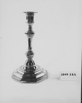 1949.385.1 (RS119504)