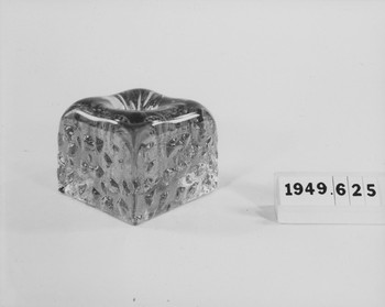 1949.625.4 (RS119741)